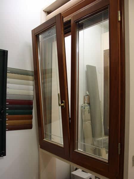 Finestre pvc prezzi for Vendita finestre pvc