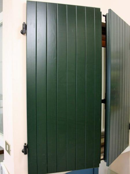 Scuri per finestre cesena ravenna costi realizzazione scuroni in legno infissi in pvc - Quanto costa una porta finestra in pvc ...