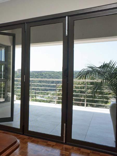 Infissi in alluminio forl cesena vendita porte finestre - Scuri per finestre in alluminio prezzi ...